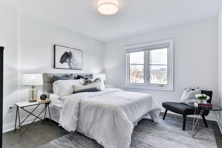 Łóżka tapicerowane – do jakich wnętrz?